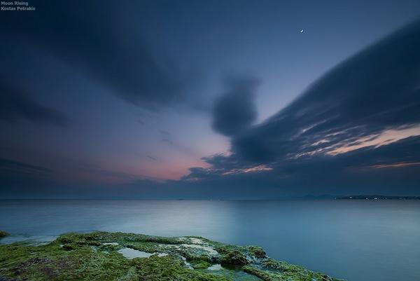 Moon Rising by petkostas