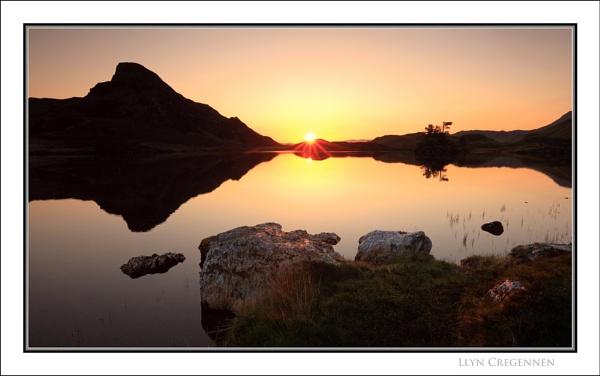 Llyn Cregennen... by Scottishlandscapes