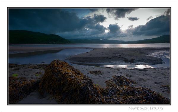 Mawddach Estuary... by Scottishlandscapes
