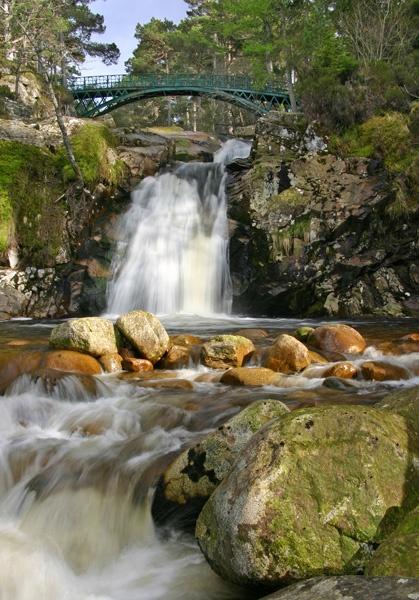 Waterfall by Mstphoto