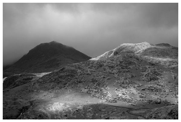 Snowdon, mono by rontear