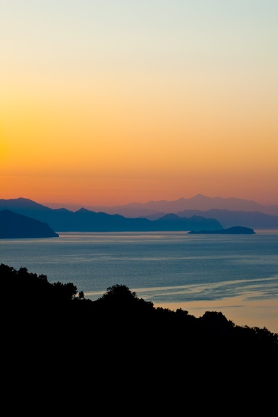 Sunrise at the Dionysos 1 by jonp
