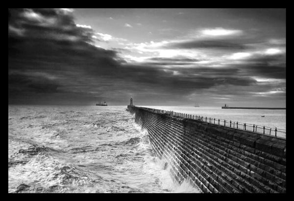 Leaving the Tyne by toonboy