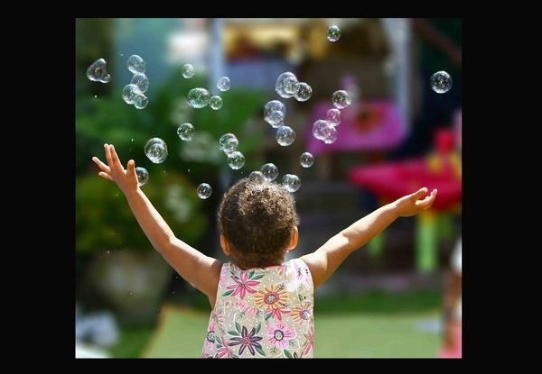Bubbles by depthimages