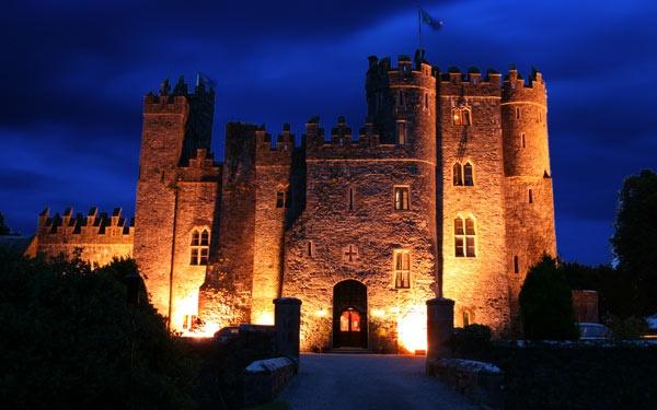 Kilkea Castle, Co. Kildare by Nigeyboy
