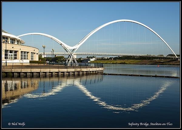 Infinity Bridge by lobo_blanco