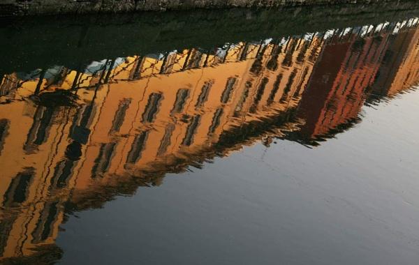 Milan Canal by SosFM