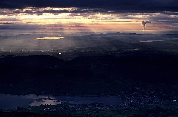 Sundown from Rigi by ihana