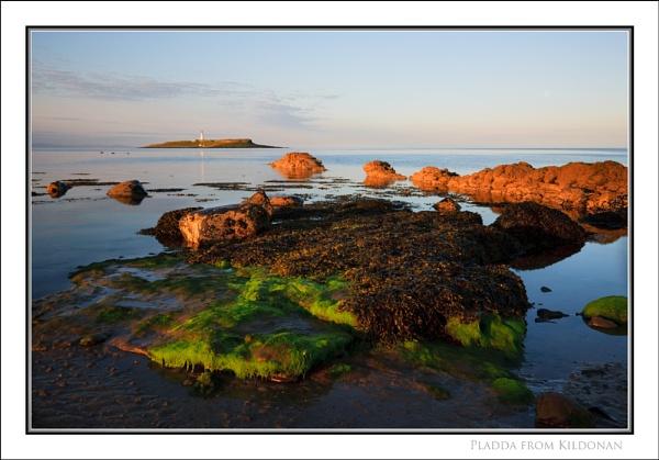Pladda from Kildonnan... by Scottishlandscapes