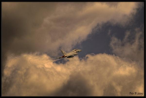 Typhoon Climbing by pberridge