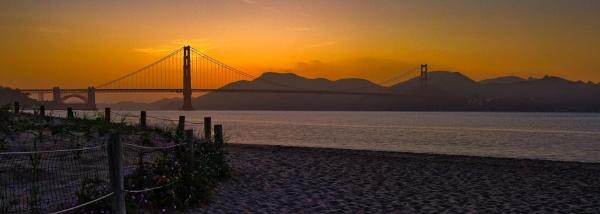 Golden gate bridge by Gubi