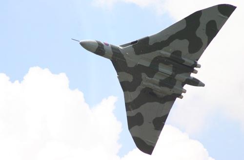 Vulcan at Biggin Hill last week by alfacolin156