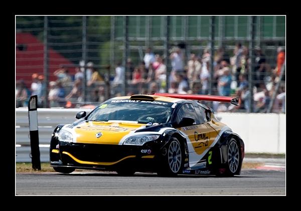 Racing Renault by Freezeframe