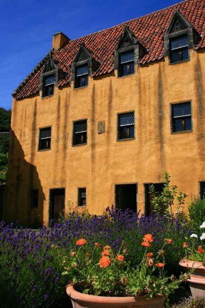 Culross Palace by happysnappa