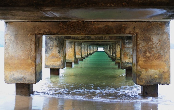 Under the Pier by chrisarreola