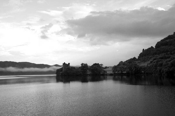 Urquhart Castle by BeckC