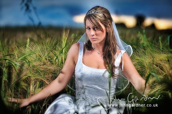 Bridal portrait by jogafoto