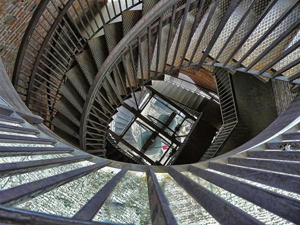 Spiral Down by samoyed