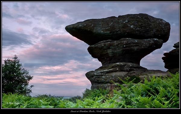 Mysterious Rocks by lobo_blanco