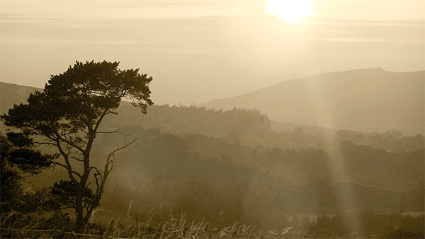 Shadow and Light of the Cumbrian Hills! by Shawzee