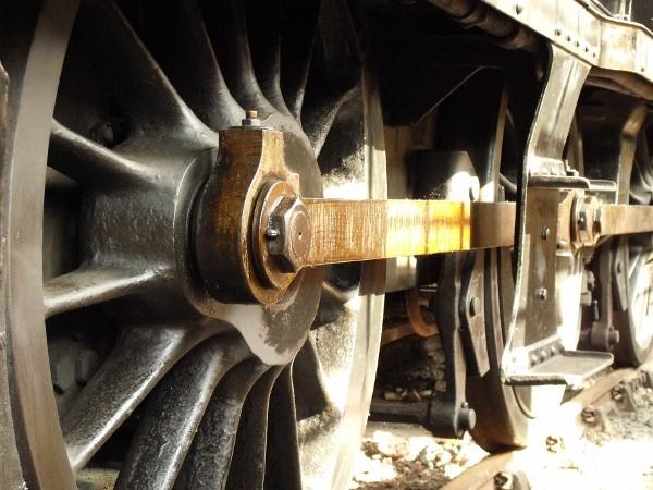 Steam Train Wheels by darranl