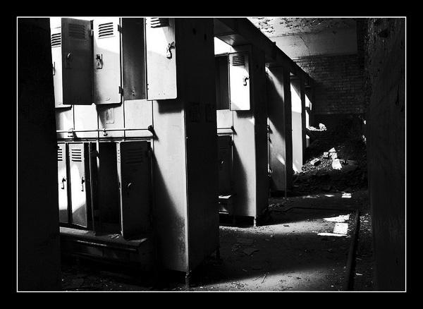 Derelict 1 by iangardiner76