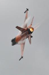 F16....