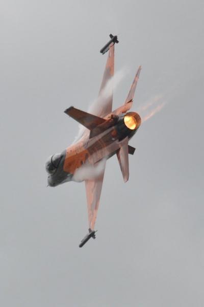 F16.... by Jamfu