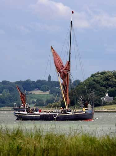 Thames barge by marathonman