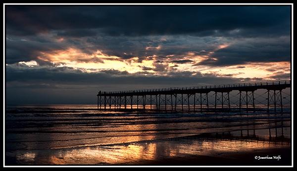 Saltburn Sunrise by howlinstein