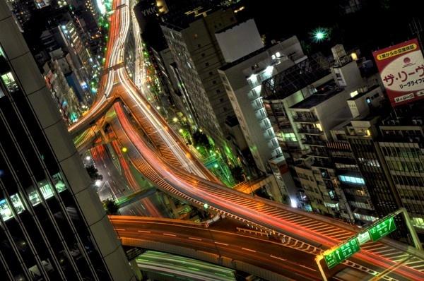 Tokyo Highway by bwillik