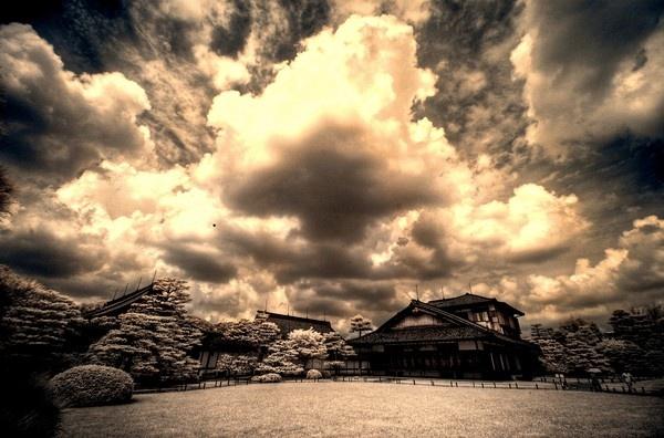Nijo-jo Castle, Kyoto- Infrared by bwillik