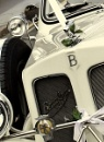 The Wedding Car by Vickyefc
