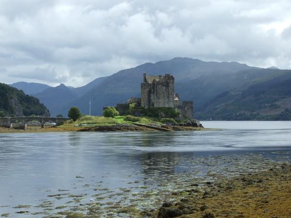 eilean  donan castle by flickchick