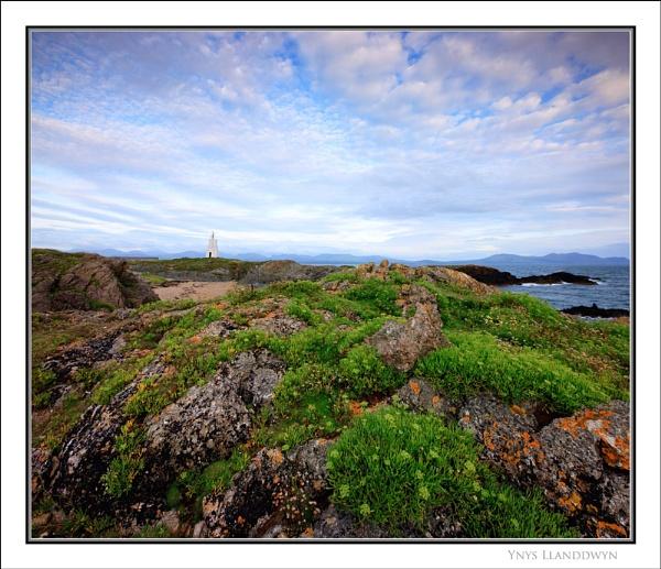 Ynys Llanddwyn... by Scottishlandscapes
