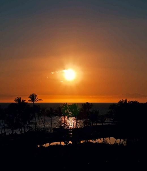 Hawaii Sunset by nturin