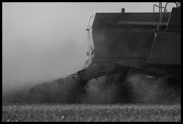 Dust by heliflyer