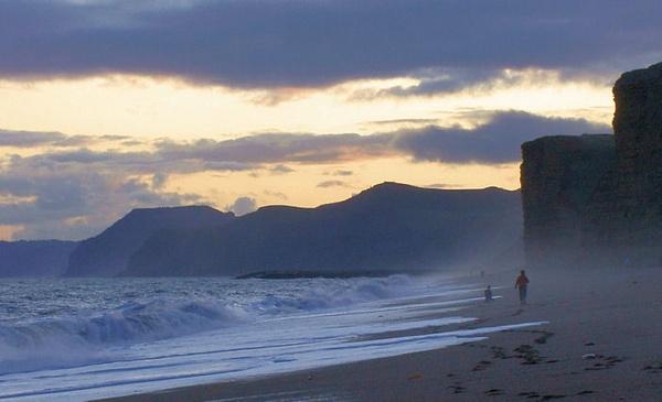 Burton Bradstock Beach by Davlaw