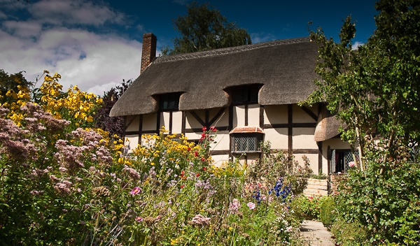 Anne Hathaway\'s cottage by cathal