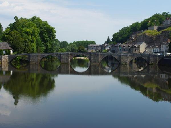 Terrasson bridge by QuentinS