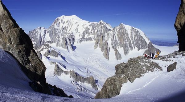 Mont Blanc Massif view by ihana