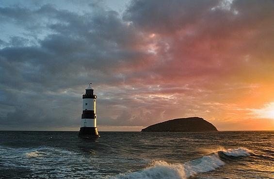 August Sunrise by Jonesykc