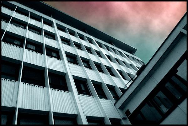 Hospital Sky by Ken_fuji