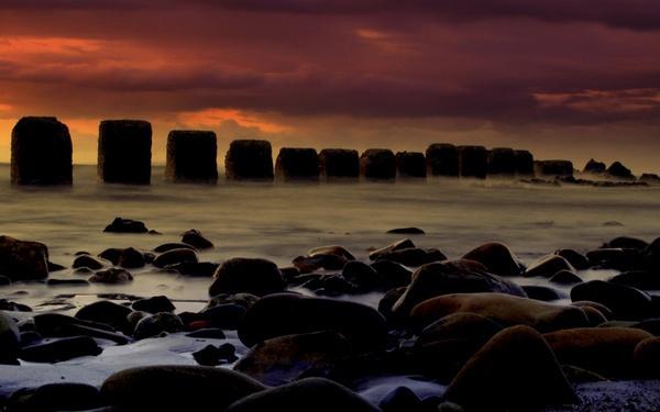 Lossiemouth Rocks by AJB_yeh