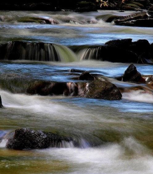 Falls by Mikelane