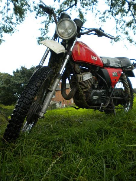 Suzuki TS185 by 890andy