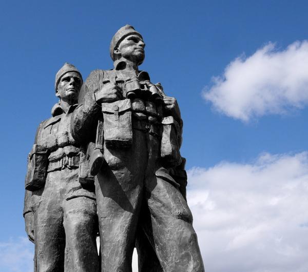 Commando Memorial by marathonman