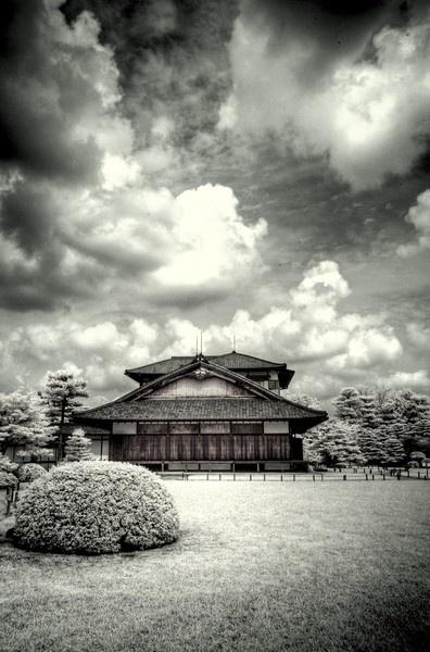 Nijo-jo Castle, Kyoto. by bwillik