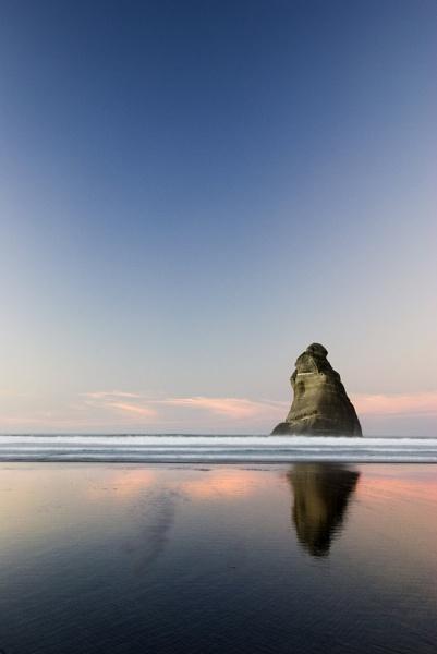 Wharikiki Beach, New Zealand (South Island) by Heliopause