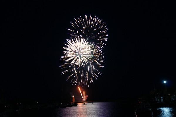 fireworks by nharvey